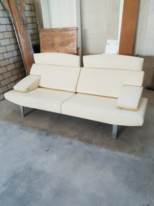 de Sede DS 451 Designer Sofa Creme Beige Leder Zweisitzer Couch Echtleder