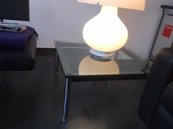 Couchtisch LC 10 von Le Corbusier