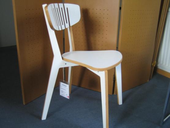 Holz-Stuhl stapelbar