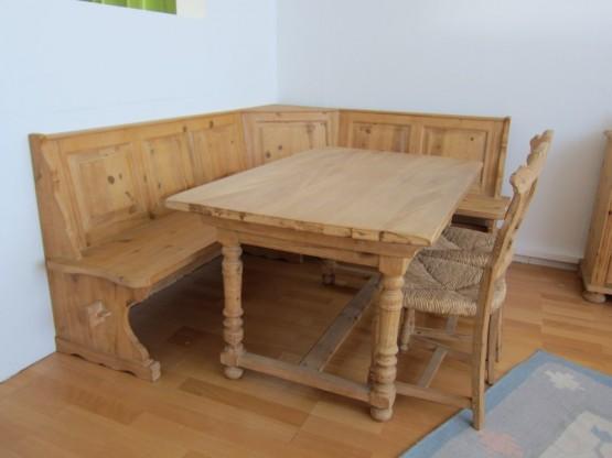 eckbankgruppe mit tisch von village pinie geb rstet. Black Bedroom Furniture Sets. Home Design Ideas