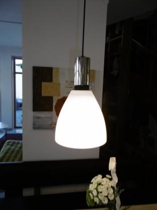 komot leuchte spin trio designerm bel hohentengen. Black Bedroom Furniture Sets. Home Design Ideas