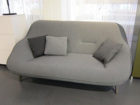 Sofa Cosse, großer 2-Sitzer, Stoff anthrazit von Ligne Roset