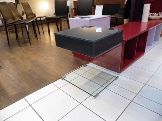Beistelltisch Pure up von der Fa. Dreieck Design