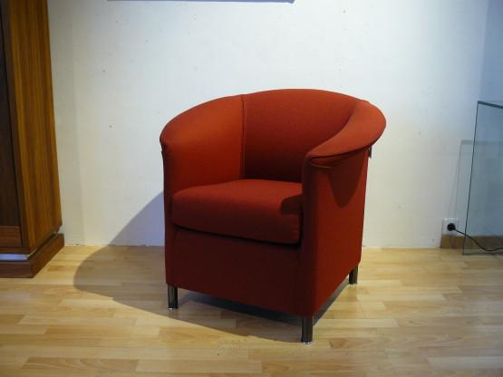 Sessel Aura rot von Wittmann