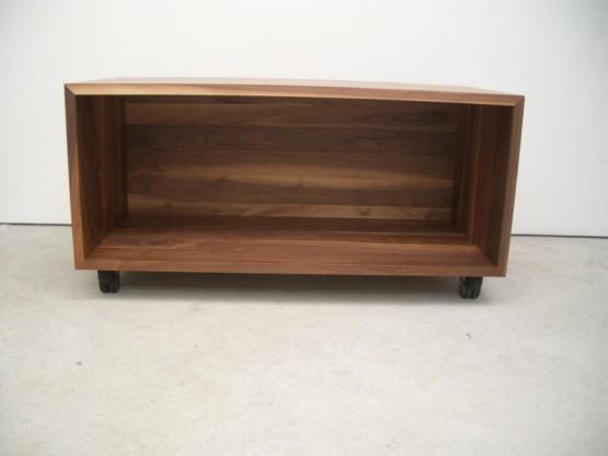 VOLTA Nussbaum massiv Sideboard 115 cm