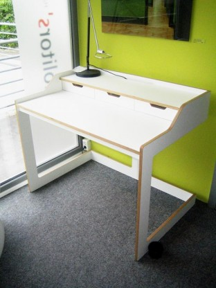Müller Möbelwerkstätten, Sekretär PLANE, Weiß / Schichtholz