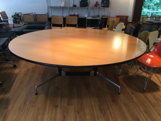 Charles Eames Segmented Table von Vitra  210cm