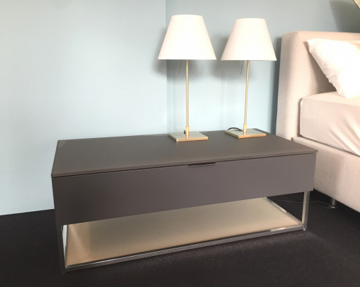 Nachttisch 909 von Molteni
