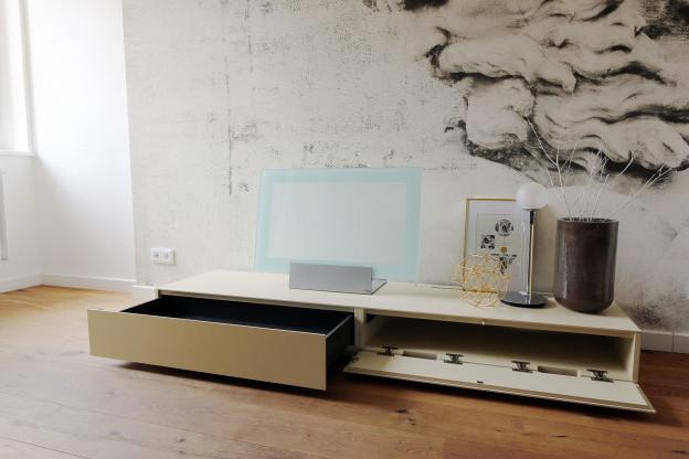 Lowboard stehend / Hifi Möbel - Kettnaker