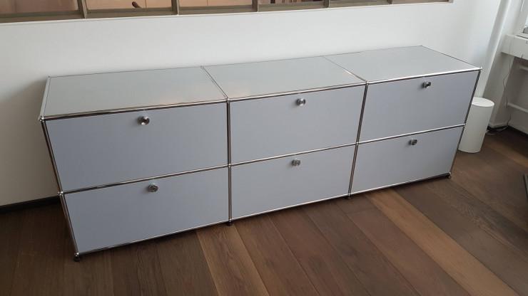Sideboard aus USM Möbelbausystem, mattsilber