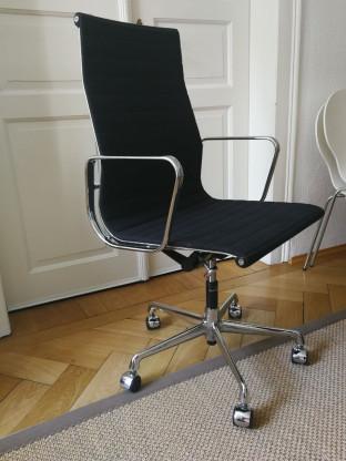 Original Vitra Eames Alu Chair EA119