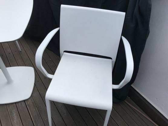 Armlehnstuhl - auch Outdoor geeignet