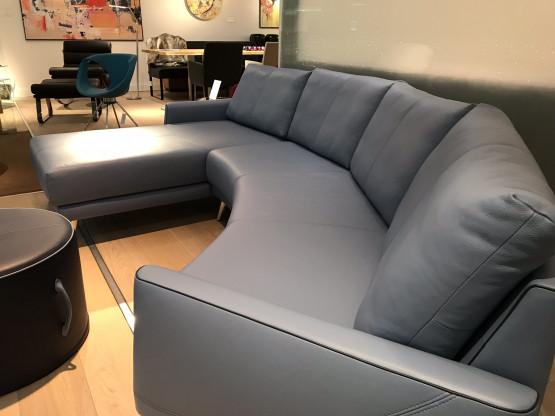 Halbrunde Sofaecke, Sofa, Couch   Designermöbel Düsseldorf