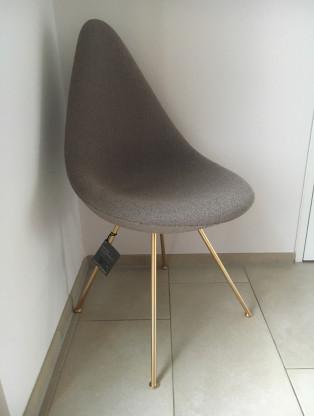 Der Drop Stuhl Edition 60 Jahr Arne Jacobsen