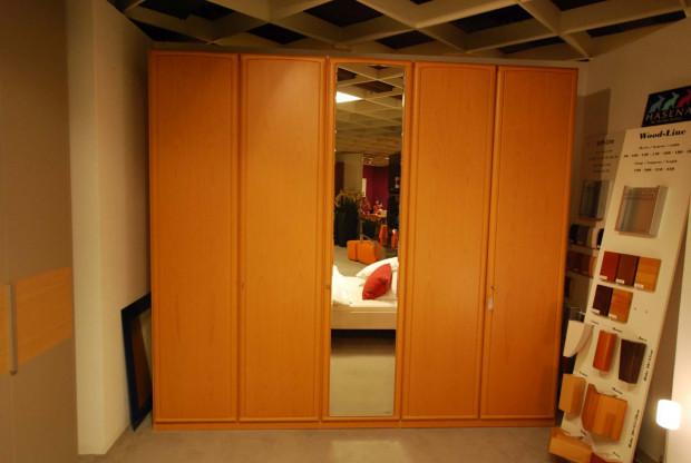 Kleiderschrank 5-türig Living