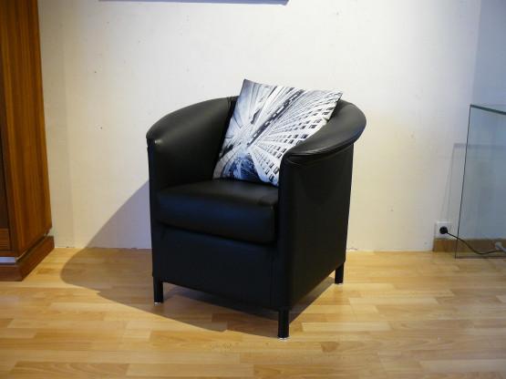 Sessel Aura Leder schwarz von Wittmann