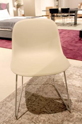 Stuhl Fiber Side Sled von Muuto