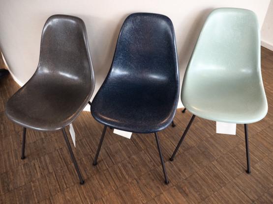 VITRA Eames Fiberglass Chairs DSX