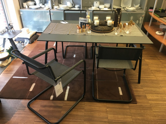 Tisch und Stühle All Seasons THONET (In-/Outdoor)