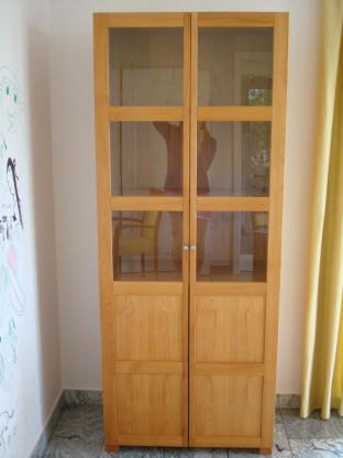 Vitrinenschrank Kirschholz mit Glas
