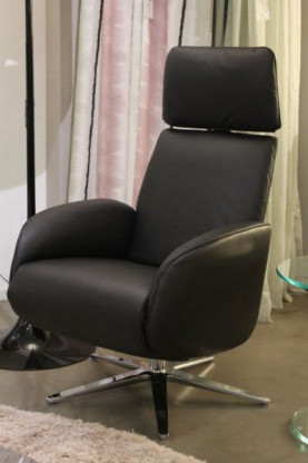 Master Lounge Sessel