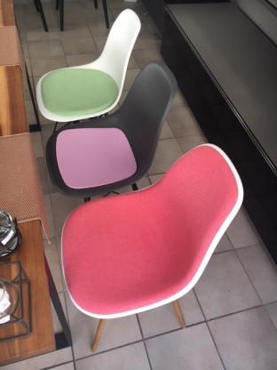 Schalenstuhl mit Sitzpolster ohne Armlehnen, neue Höhe