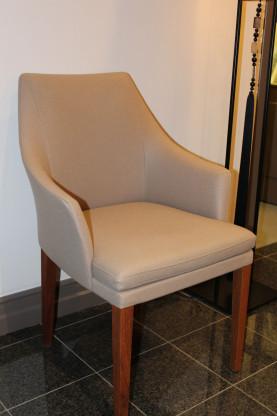 Stuhl SALONI BW 8845 von den Bielefelder Werkstätten