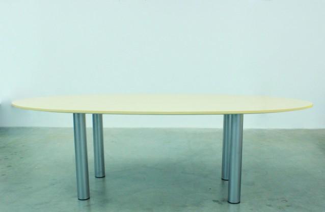 Esstisch oder Konferenztisch,  oval Sonderanfertigung