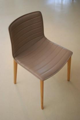 """Stuhl """"Catifa"""" 46 von Arper"""