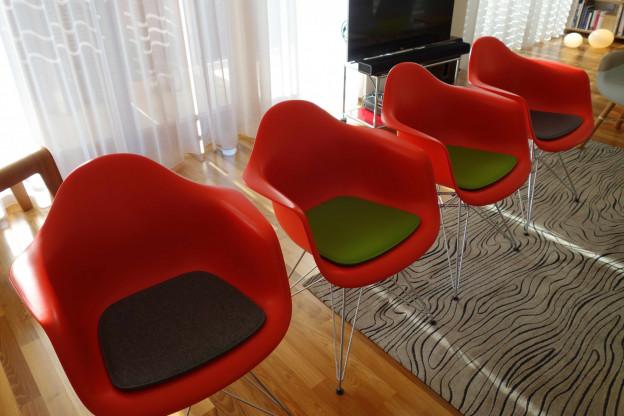 Eames Plastic Armchairs Dar 4x Mit Sitzkissen Designermobel Ulm