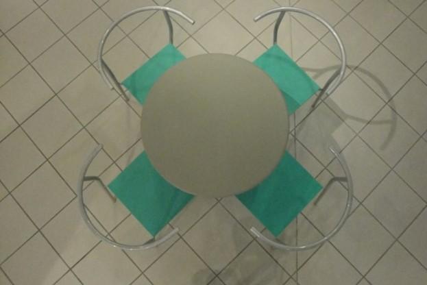 Satz mit 4 Stühlen von Philippe Starck