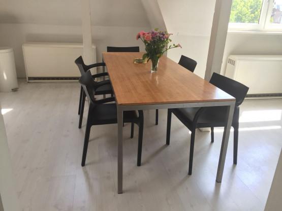 Familien- / Minimalisten Esstisch oder Konferenztisch: Hand- bzw. massgefertigt aus Edelstahl Bambus-Hartholz