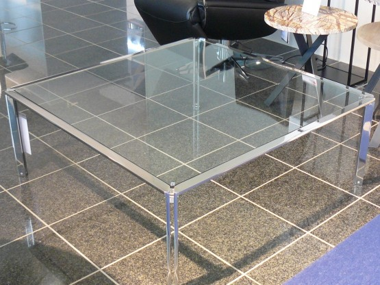 Couchtisch filigrane Metall-Glas-Kombination