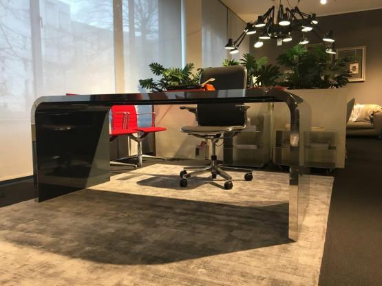 Schreibtisch M10-1-18 | Müller Möbelfabrikation