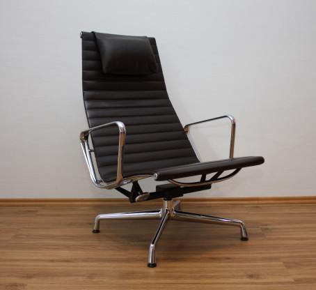 Vitra Alu Lounge Chair EA 124 Charles Eames