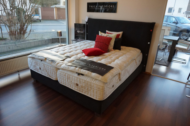 Boxspring Bett Treca Interiors Paris