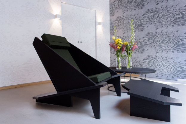 TAKAHASHI 2 Loungesessel & 1 Fußhocker