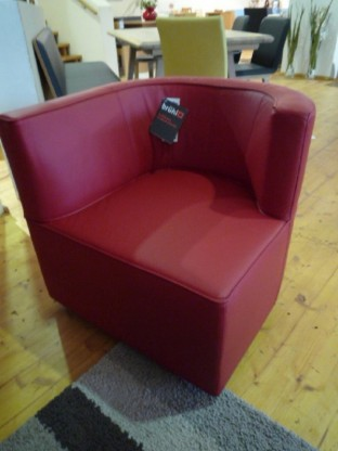 Brühl Sessel Jo in Leder rot