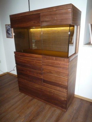 voglauer highboard vitrine v loft in wildnuss designerm bel hohentengen. Black Bedroom Furniture Sets. Home Design Ideas