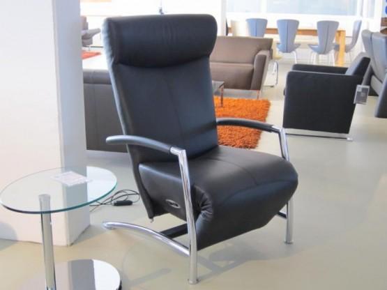 motorischer Relaxsessel Helical, Leder schwarz von Leolux