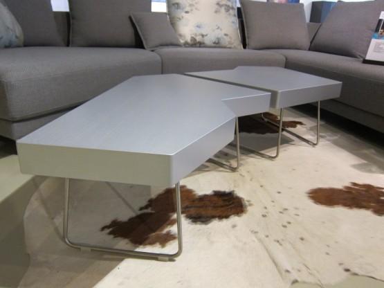 couchtisch piombo 2 teilig silber von leolux. Black Bedroom Furniture Sets. Home Design Ideas
