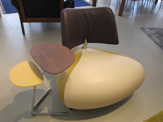 Sessel Pallone incl. Beistelltisch von Leolux, Leder Senso