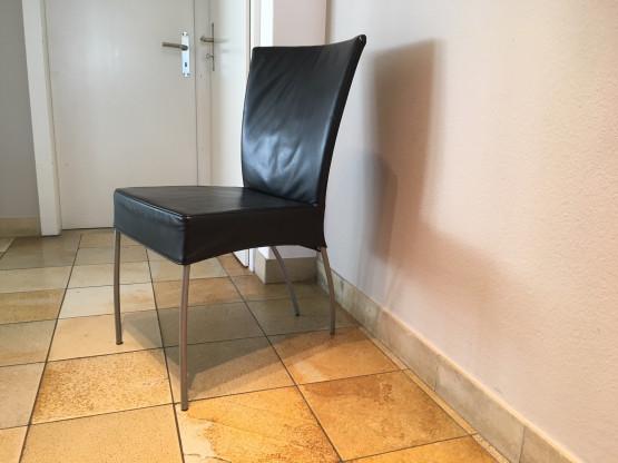 8 Esszimmerstühle  Montis Modell Spica Leder schwarz