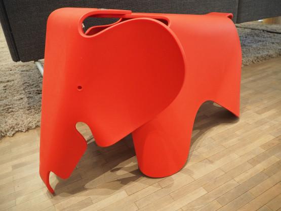 VITRA Eames Elephant Kunststoff - diverse Farben - NEU!