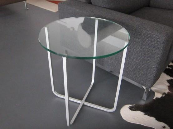 Beistelltisch 8670, Glas klar, Gestell perlmatt von Rolf Benz