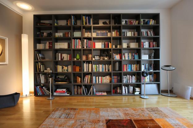 Extra großes Bücherregal mit 56 Fächern | Designermöbel München