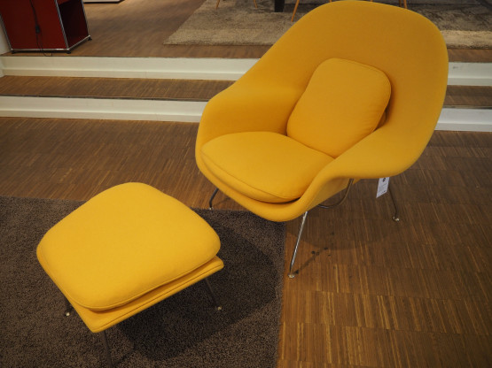 KNOLL Sessel Womb Chair & Ottoman Stoff Tonus gelb
