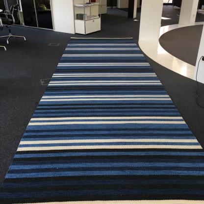 Teppich/ Kasthall;  Farbe: mehrfarbig
