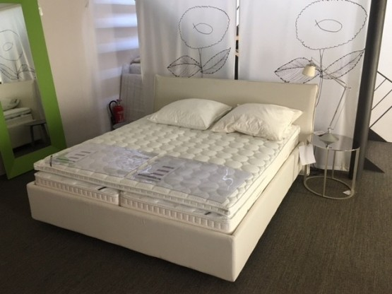"""Bett """"Rear Plus"""" hoher Schlafkomfort Taschenfederkern"""