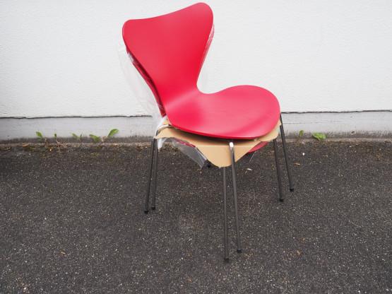 FRITZ HANSEN 2er Set Stuhl Serie 7 Esche rot - NEU...